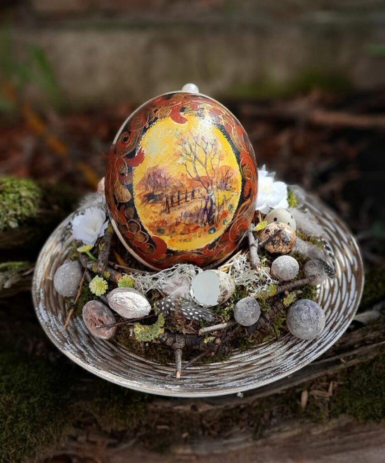 Artă pe ouă de struţ